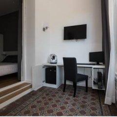 Отель Hostalin Barcelona Gran Via 3* Улучшенный номер с различными типами кроватей фото 6