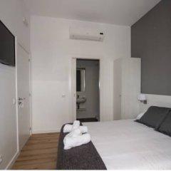 Отель Hostalin Barcelona Gran Via 3* Улучшенный номер с различными типами кроватей фото 5