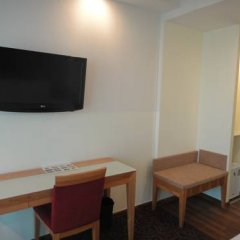 Отель Hilton Garden Inn Singapore Serangoon 4* Номер категории Премиум с различными типами кроватей фото 7
