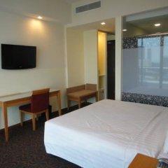Отель Hilton Garden Inn Singapore Serangoon 4* Номер категории Премиум с различными типами кроватей фото 10