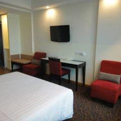 Отель Hilton Garden Inn Singapore Serangoon 4* Номер категории Премиум с различными типами кроватей фото 5