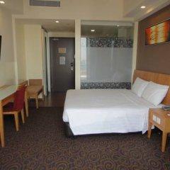 Отель Hilton Garden Inn Singapore Serangoon 4* Номер категории Премиум с различными типами кроватей фото 8