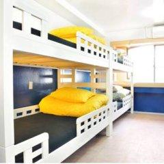 Отель Khaosan Tokyo Laboratory Кровать в общем номере фото 11