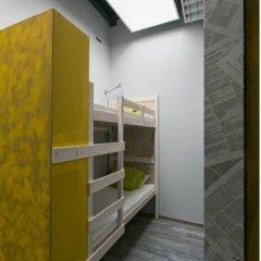 Fabrika Hostel Кровать в общем номере фото 12