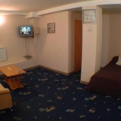 Hotel Nezhinskiy 3* Стандартный номер двуспальная кровать фото 3