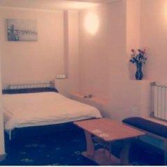 Hotel Nezhinskiy 3* Стандартный номер двуспальная кровать фото 9