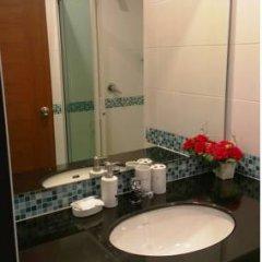 Отель Rojjana Residence 2* Стандартный номер двуспальная кровать фото 22
