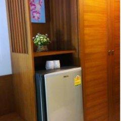 Отель Rojjana Residence 2* Стандартный номер двуспальная кровать фото 23