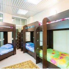 Хостел Амигос Кровать в женском общем номере с двухъярусной кроватью