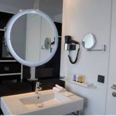 Отель INNSIDE by Meliá Düsseldorf Hafen 4* Стандартный номер с различными типами кроватей фото 4
