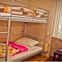 Fonari 2 Hostel Кровать в общем номере с двухъярусной кроватью фото 5
