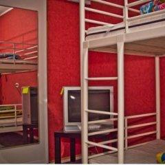 Fonari 2 Hostel Кровать в общем номере с двухъярусной кроватью фото 7