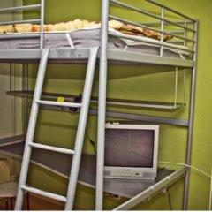 Fonari 2 Hostel Кровать в общем номере с двухъярусной кроватью фото 10