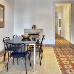 Апартаменты Barcelona Apartment Val Улучшенные апартаменты с различными типами кроватей