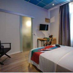 Отель COLORS Central Ladadika 3* Номер категории Эконом с различными типами кроватей фото 3