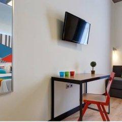 Отель COLORS Central Ladadika 3* Представительский номер с различными типами кроватей фото 8
