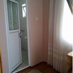 Отель Galina Guest House Стандартный номер фото 17