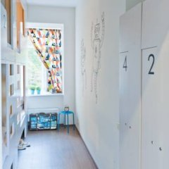 Хостел Graffiti L Кровать в женском общем номере с двухъярусной кроватью фото 8