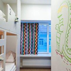 Хостел Graffiti L Кровать в общем номере с двухъярусной кроватью фото 31