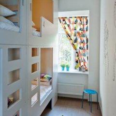 Хостел Graffiti L Кровать в женском общем номере с двухъярусной кроватью фото 10