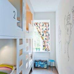 Хостел Graffiti L Кровать в мужском общем номере с двухъярусной кроватью фото 2