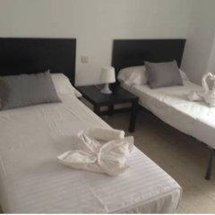 Отель Hostal Galan Стандартный номер фото 3