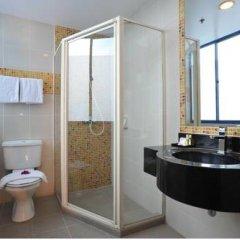 Oxford Hotel 3* Улучшенный номер с двуспальной кроватью фото 4