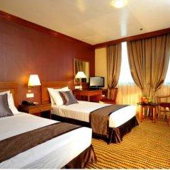 Oxford Hotel 3* Улучшенный номер с двуспальной кроватью