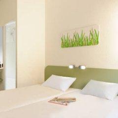 Отель ibis budget Zurich City West Стандартный номер с различными типами кроватей