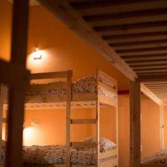 Fine O'Clock Hostel Кровать в общем номере фото 26