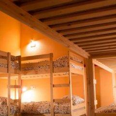 Fine O'Clock Hostel Кровать в общем номере фото 4