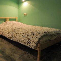 Fine O'Clock Hostel Кровать в общем номере фото 18