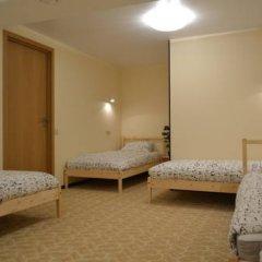 Fine O'Clock Hostel Кровать в общем номере фото 14