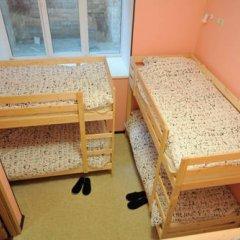 Fine O'Clock Hostel Кровать в общем номере фото 24