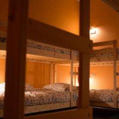 Fine O'Clock Hostel Кровать в общем номере фото 25