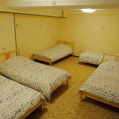Fine O'Clock Hostel Кровать в общем номере фото 15
