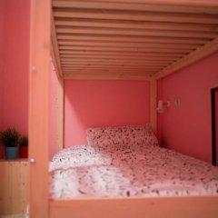 Fine O'Clock Hostel Кровать в общем номере фото 23