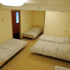 Fine O'Clock Hostel Кровать в общем номере фото 12
