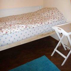 Hostel Simba on Gagarinsky Кровать в общем номере с двухъярусной кроватью фото 2