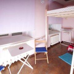 Hostel Simba on Gagarinsky Семейный номер категории Эконом с двуспальной кроватью фото 11