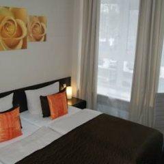 Hotel Saks Berlin 2* Номер Комфорт с двуспальной кроватью