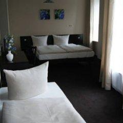 Hotel Saks Berlin 2* Стандартный номер с различными типами кроватей фото 9