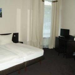 Hotel Saks Berlin 2* Стандартный номер с двуспальной кроватью (общая ванная комната) фото 7