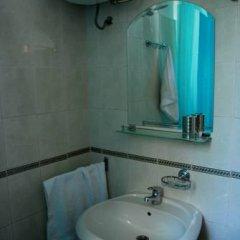 Hostel Slow Стандартный номер с 2 отдельными кроватями (общая ванная комната) фото 5