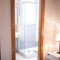 Отель Hulot B&B Valencia 3* Стандартный номер с различными типами кроватей фото 11