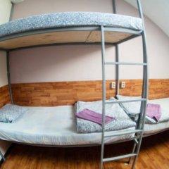 Отель Жилые помещения Commune Кровать в общем номере