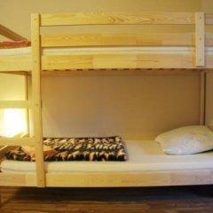 Hostel Akteon Lindros Kaliningrad Кровать в общем номере с двухъярусной кроватью фото 4