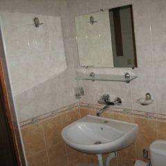 Отель Tomcho Guest House Стандартный номер фото 6