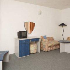 Elmar Hotel 3* Стандартный семейный номер с двуспальной кроватью фото 2