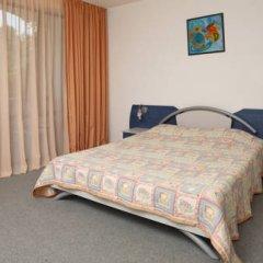 Elmar Hotel 3* Стандартный семейный номер с двуспальной кроватью